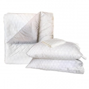 Bed In A Bag Comforter Set  36 x 75 Design 3